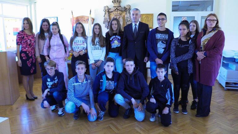 Učenički parlament u poseti lokalnoj samoupravi